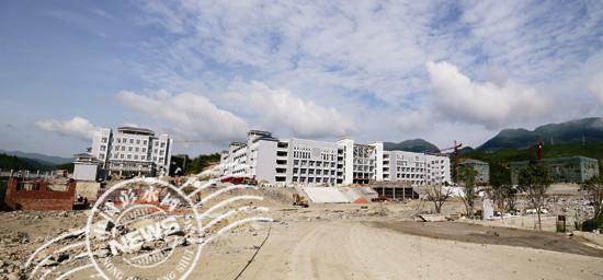 彭水新城民族中学校区工程建设快速推进